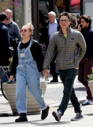 Zach with his girlfriend Florence Pugh