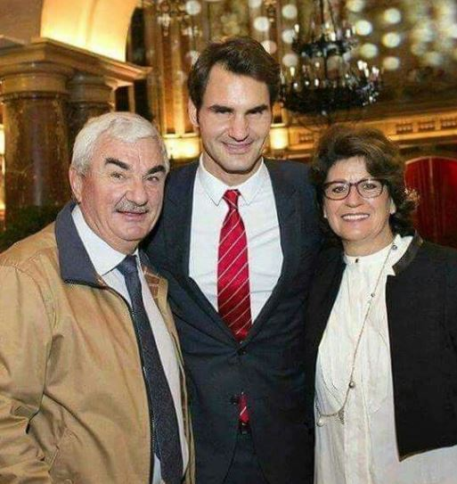 Roger Federer with Parent/s}}