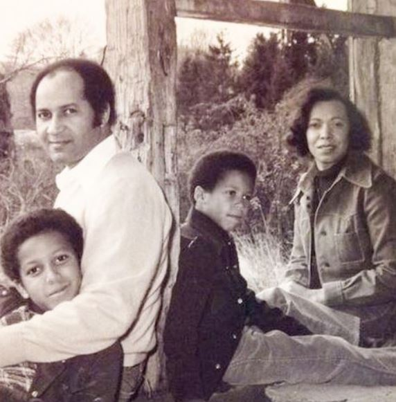 Cory Booker with Parent/s}}