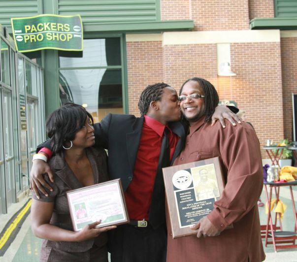 Melvin Gordon with Parent/s}}