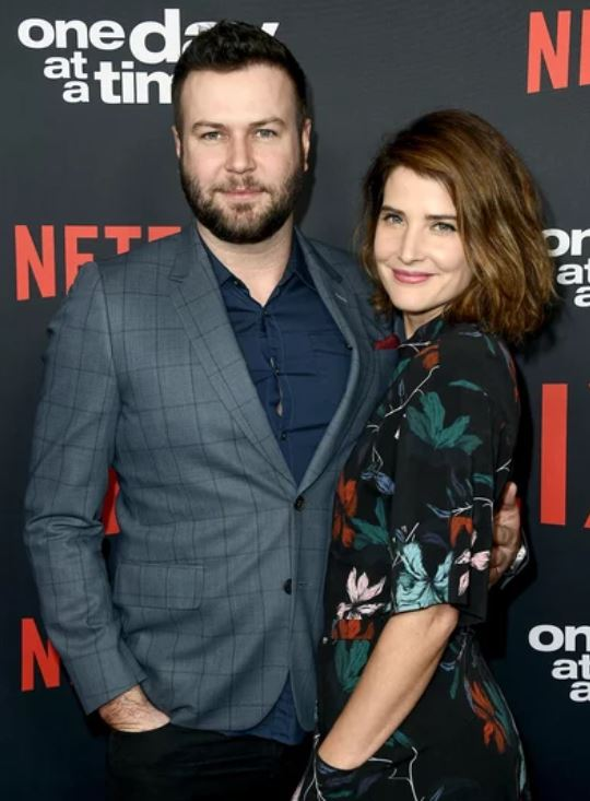 Taran Killam with his wife, Cobie Smulders. | Source: people.com