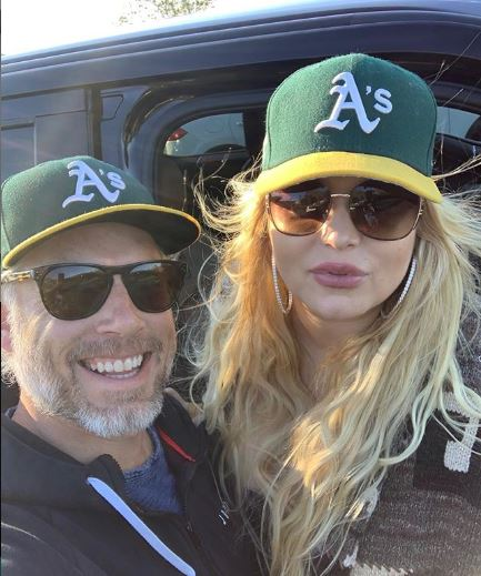 Jessica Simpson and her husband Eric Johnson | Source: Instagram