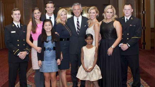 Abby Huntsman with Sibling/s}}