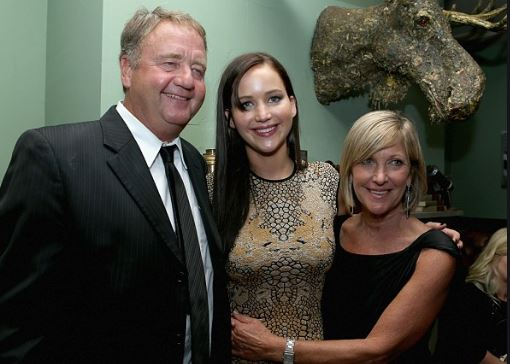 Jennifer Lawrence with Parent/s}}