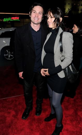 Henry Thomas with his Ex-wife, Marie Zielcke | Source: Zimbio.com