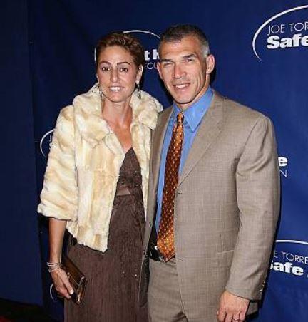 Joe Girardi with his wife, Kimberly Innocenzi.   Gettyimages.com