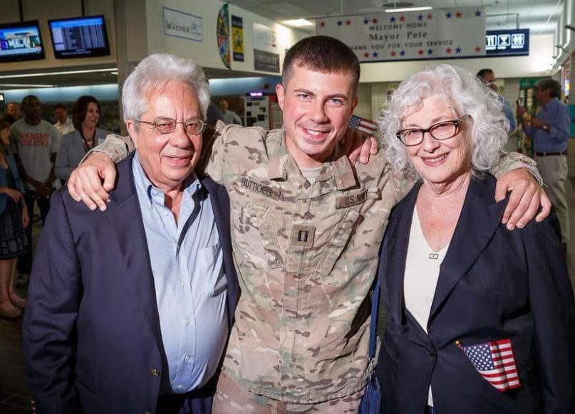 Pete Buttigieg with Parent/s}}