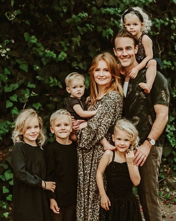 James Van Der Beek with Children}}