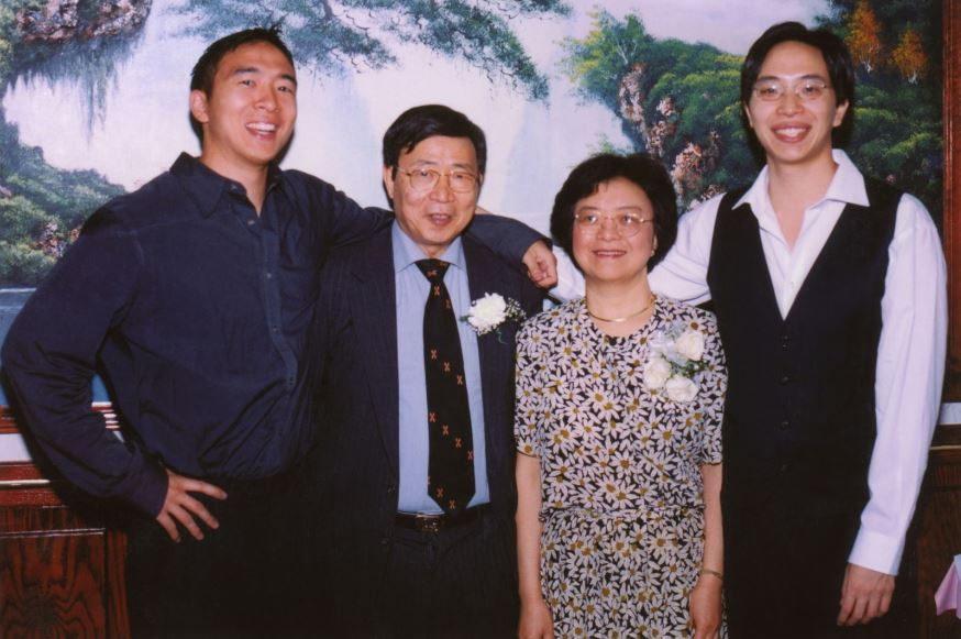 Andrew Yang with Parent/s}}