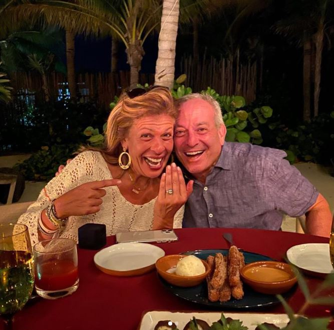 Hoda Kotb with her fiance, Joel Schiffman. | Source: Instagram.com