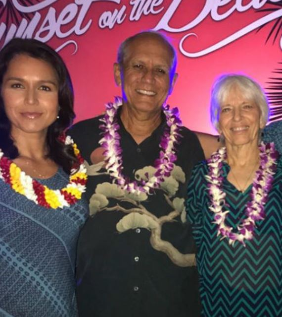 Tulsi Gabbard with Parent/s}}
