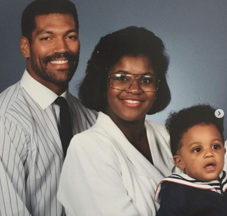 Cameron Jordan with Parent/s}}