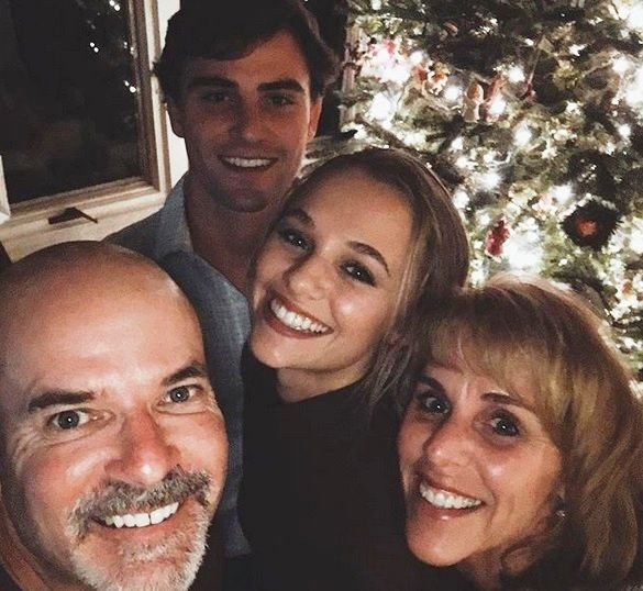 Madison Iseman with Parent/s}}
