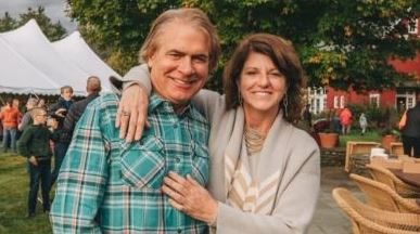 Denise D'Ascenzo and her husband Wayne Cooke | Source: Globintel.com