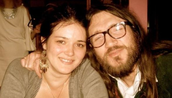 John Frusciante with his ex-wife, Nicole Turley. | Source: Pinterest.com