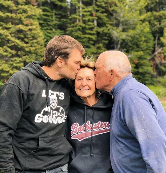 Tom Brady with Parent/s}}