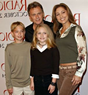 Pat Sajak with his wife and children | Source: Youtube.com
