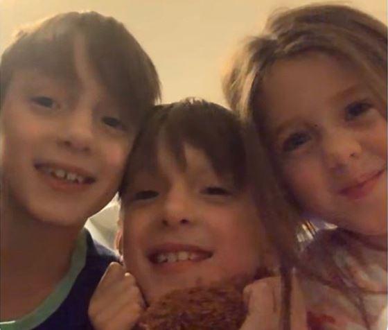 Jessica Mulroney with Children}}