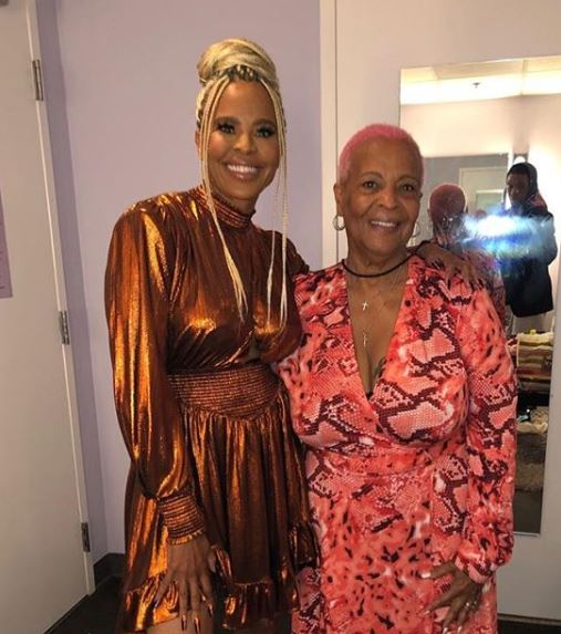 Laurieann Gibson with Parent/s}}