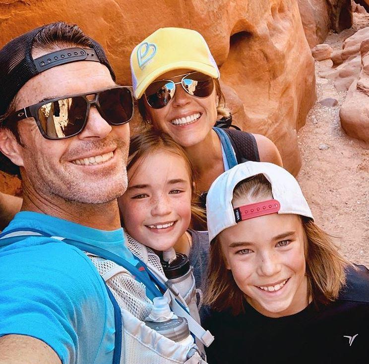 Trista Sutter with Children}}