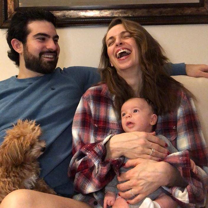 Jeremy Scher with Children}}