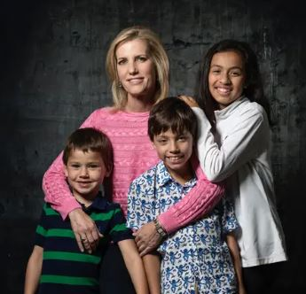 Laura Ingraham with Children}}