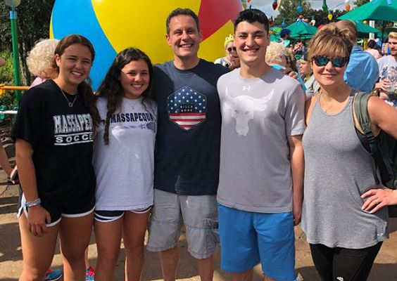 Brian Kilmeade with his family | Source:  briankilmeade