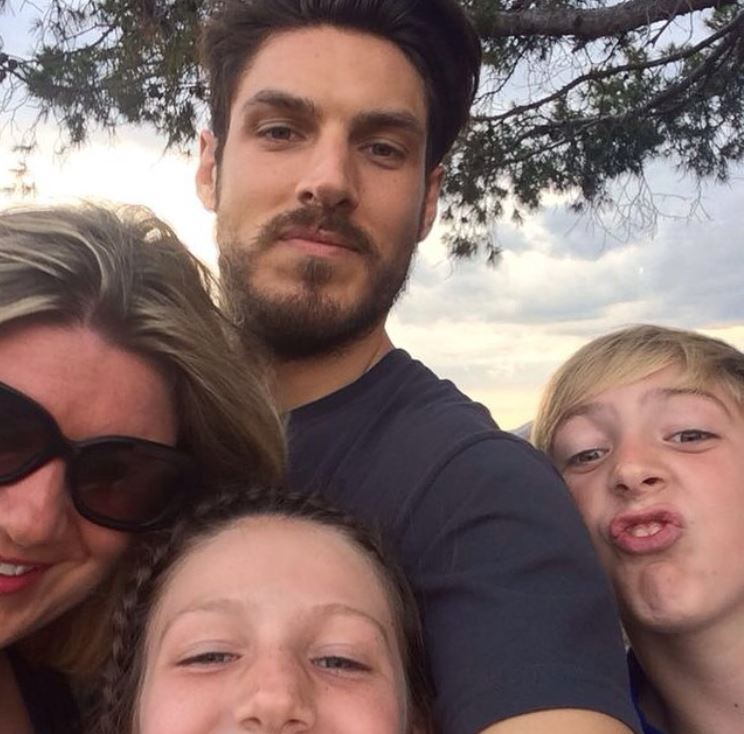 Chris Appleton with his ex-partner, Katie Katon & kids. | Source: Instagram