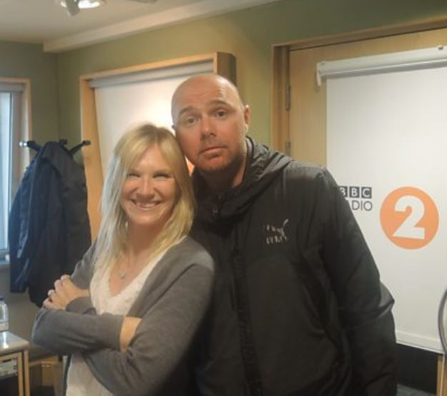Suzanne Whiston with her long term partner, Karl Pilkington. | Source: justrichest.com