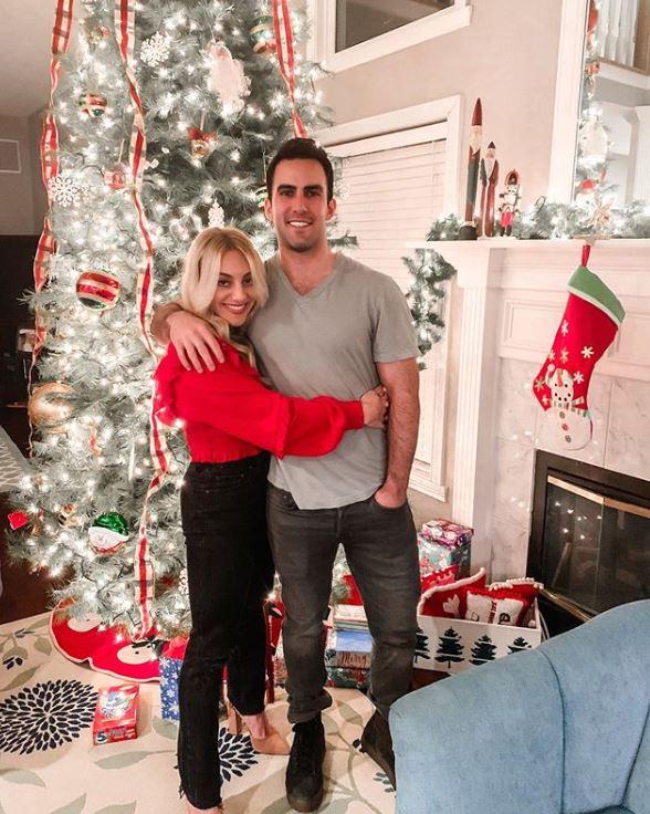 Samantha Peszek with her boyfriend, Adam Nourafchan. | Source: Instagram