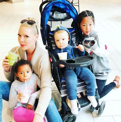 Katherine Heigl with Children}}