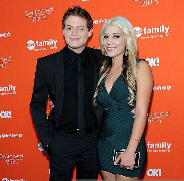 Sean Berdy with his ex-girlfriend, Mary Harman. | Source: gettyimages.com