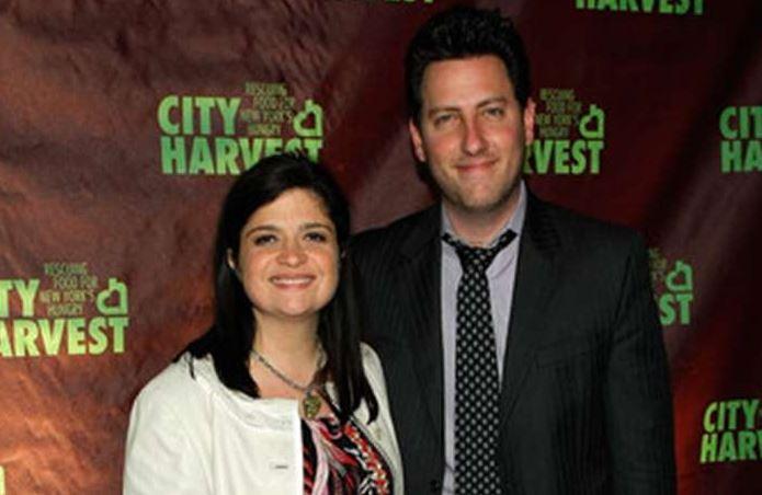 Alex Guarnaschelli with her ex-husband, Brandon Clark. | Source: articlebio.com