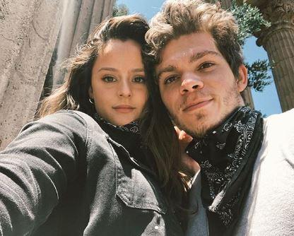 Daniel Diemer with hi girlfriend, Larissa Dias | Source: Instagram