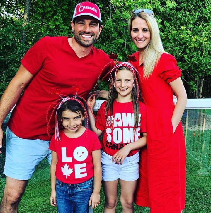 Scott McGillivray with his wife, Sabrina McGillivray & children. | Source: Instagram
