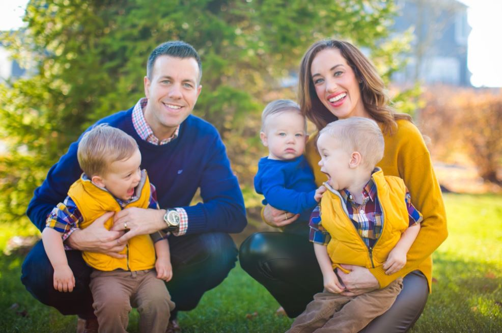 Nicole Pence with her husband, Jason & sons.   Source: Twitter