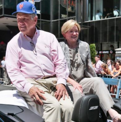 Tom Seaver with his wife Nancy Seaver | Source: NyDailyNews.com
