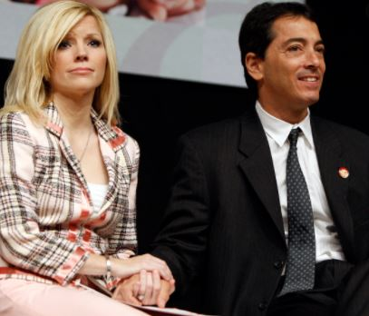 Scott Baio and his wife | Source: East Bay Times