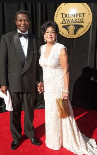 Lou Brock and his wife | Source: Zimbio.com