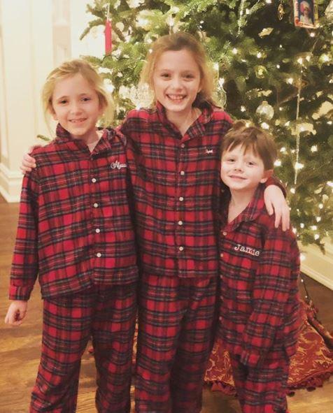 Trish Regan with Children}}