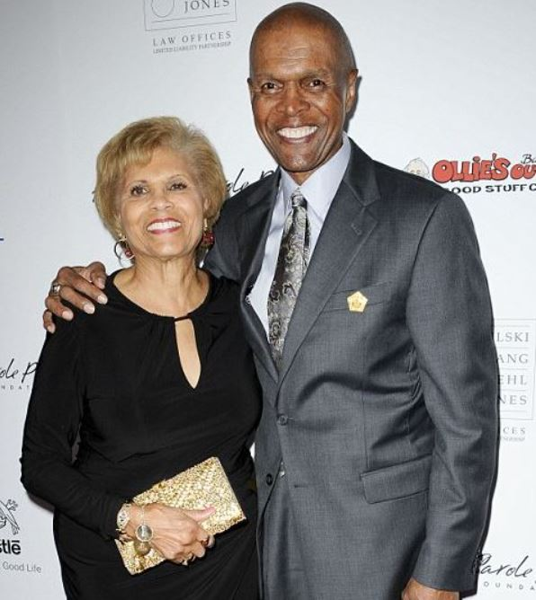 Ardythe Bullard with her husband, Gale Sayers. | dailymail.co.uk