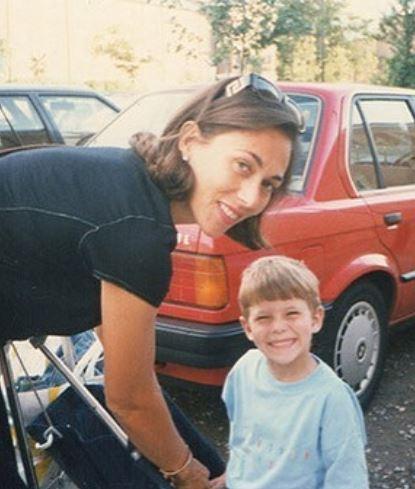 Joey Essex with Parent/s}}