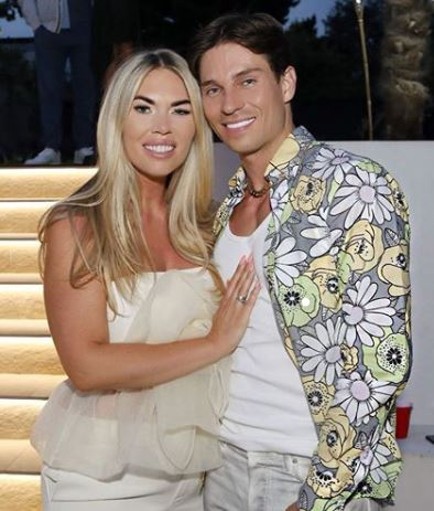 Frankie Essex with Sibling/s}}