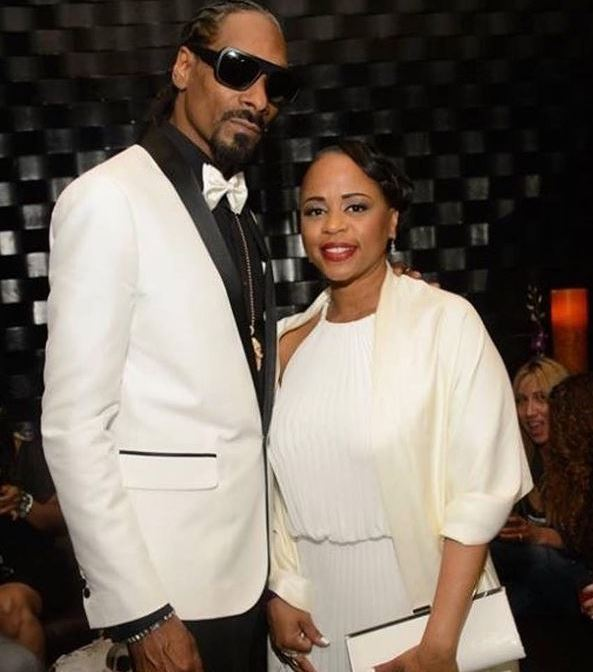 Shante Broadus with her husband, Snoop Dogg. | Source: Instagram