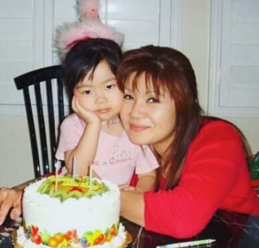 Bailey Sok with Parent/s}}